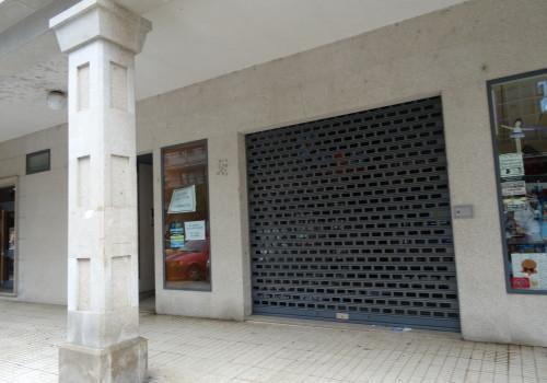 Alquiler 118 m2  local rua Carballos – Ponteareas